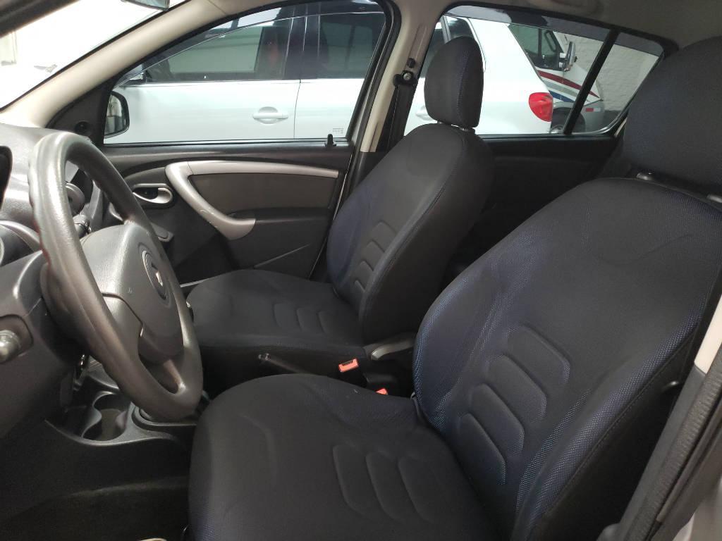 Foto numero 12 do veiculo Renault Sandero Expression 1.0 16V - Prata - 2011/2012