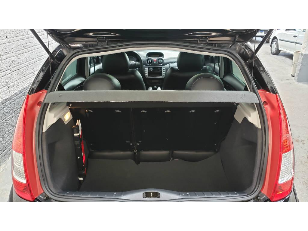 Foto numero 8 do veiculo Citroën C3 Exclusive 1.4 Flex - Preta - 2011/2012
