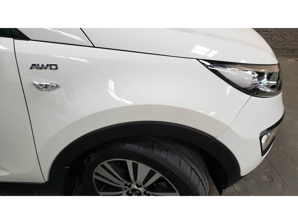 Foto numero 10 do veiculo Kia Sportage LX2 2.0 16V AWD Flex Aut. - Branca - 2015/2016