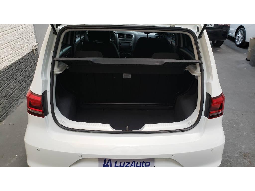 Foto numero 8 do veiculo Volkswagen Fox Connect 1.6 Flex 8V 5p - Branca - 2018/2019